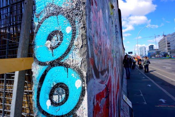 where to see Berlin street art graffiti