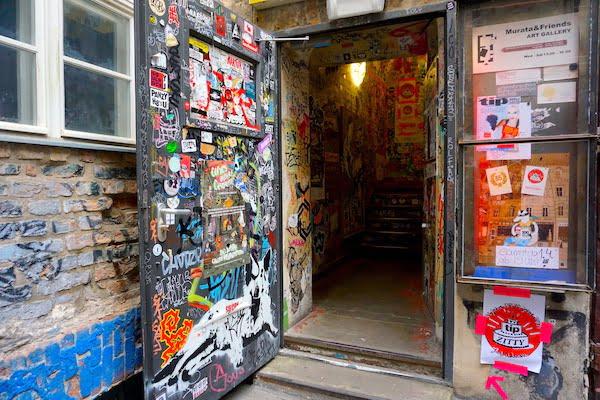 Berlin street art things to do in Berlin