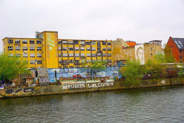 Berlin street art Yaam Berlin