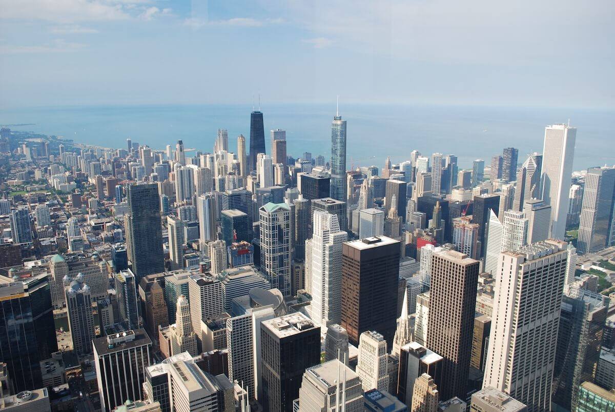 expat moving to Chicago