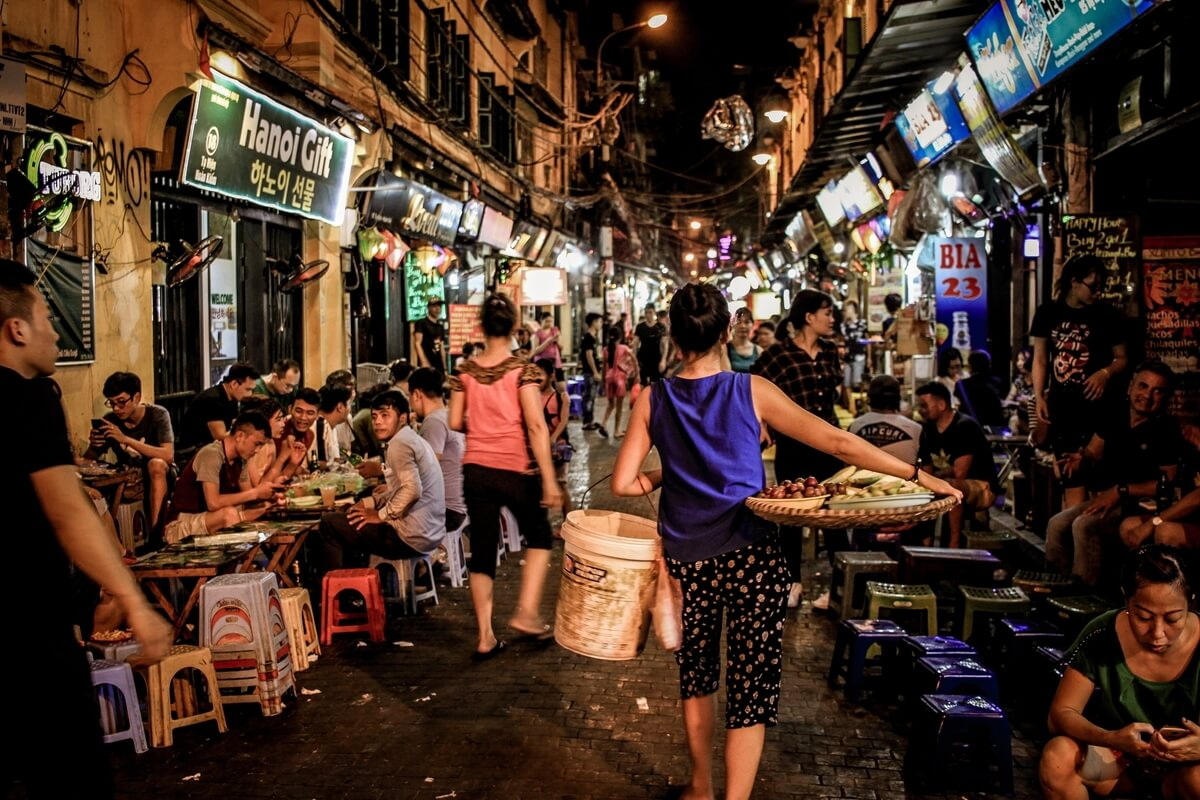 what to do at night in Hanoi - drink beer on Ta Hien street