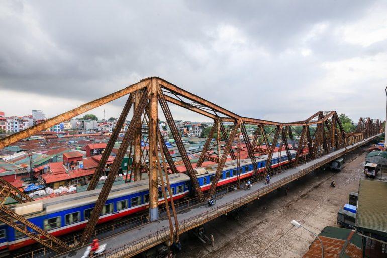 Vietnam train travel