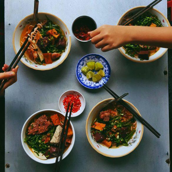what to eat in Vietnam - Vietnamese street food