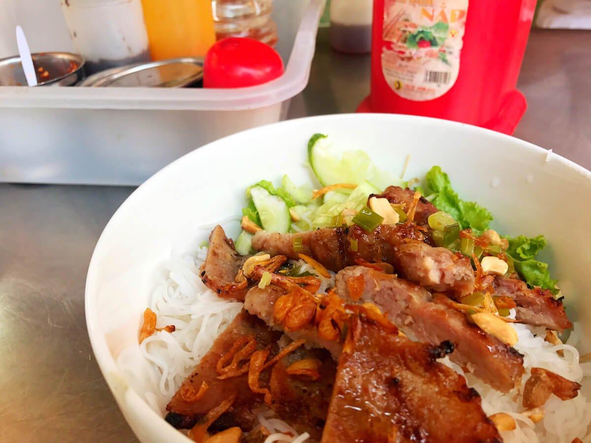 saigon street food - bun thit nuong