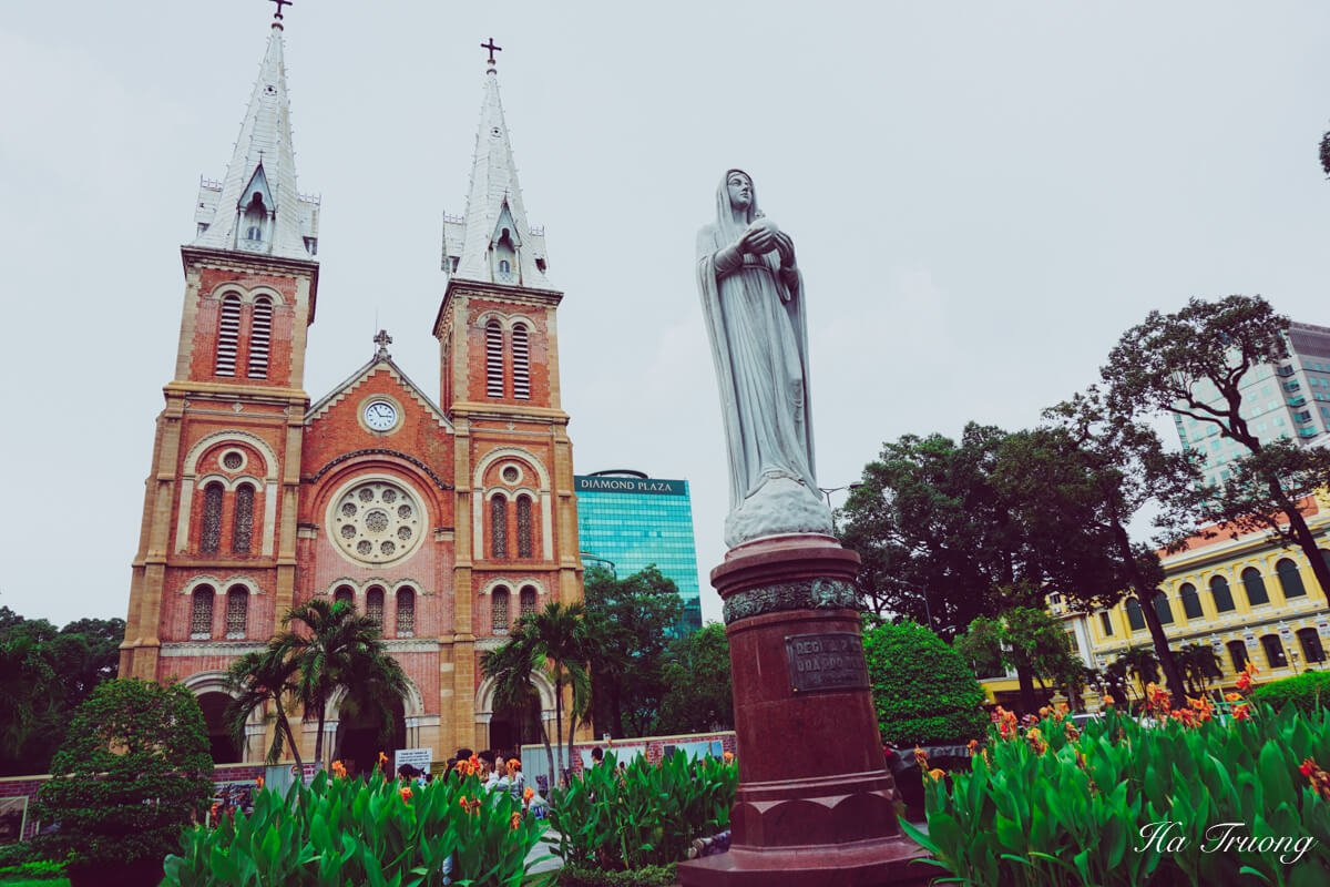 best places to visit in Ho Chi Minh Saigon Vietnam