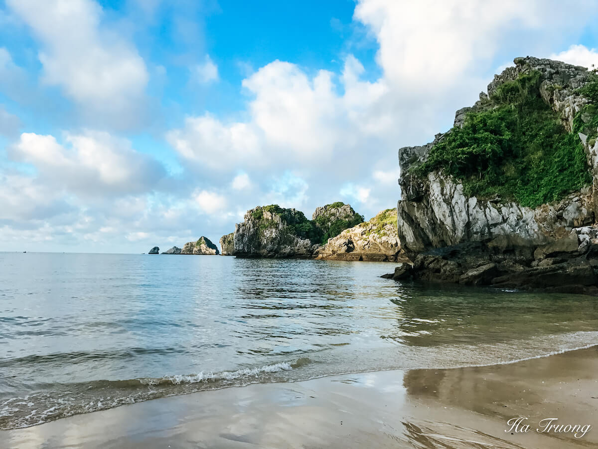 best beaches in Cat Ba island Vietnam