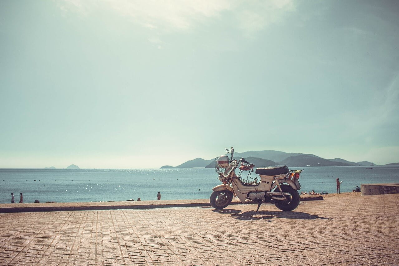 how to travel from Ho Chi Minh to Nha Trang Vietnam