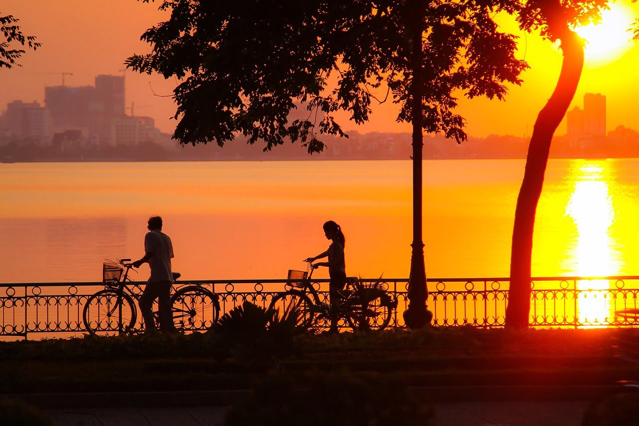 best place to enjoy sunset in Hanoi West lake