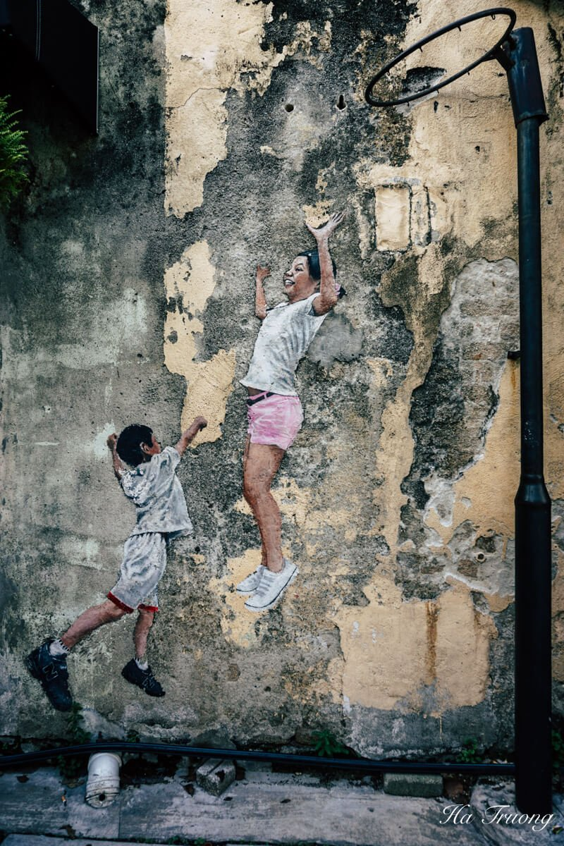 Best things to see in Penang - Children Playing Basketball