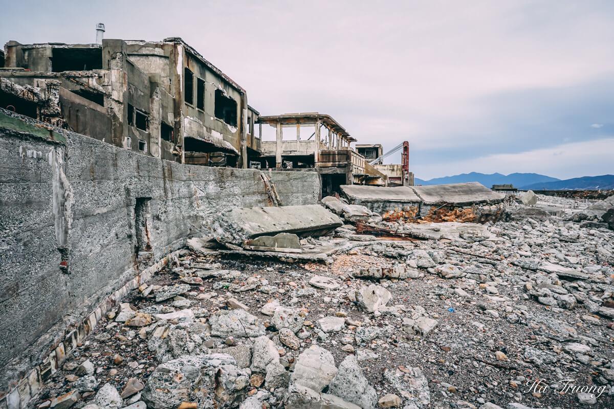 what to see in Hashima Gunkanjima Battleship island Nagasaki Japan