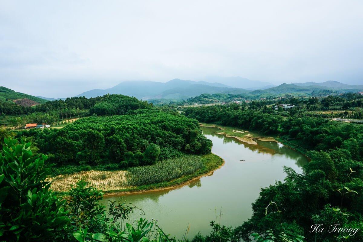 Bong Lai Valley duck stop Phong Nha Ke Bang