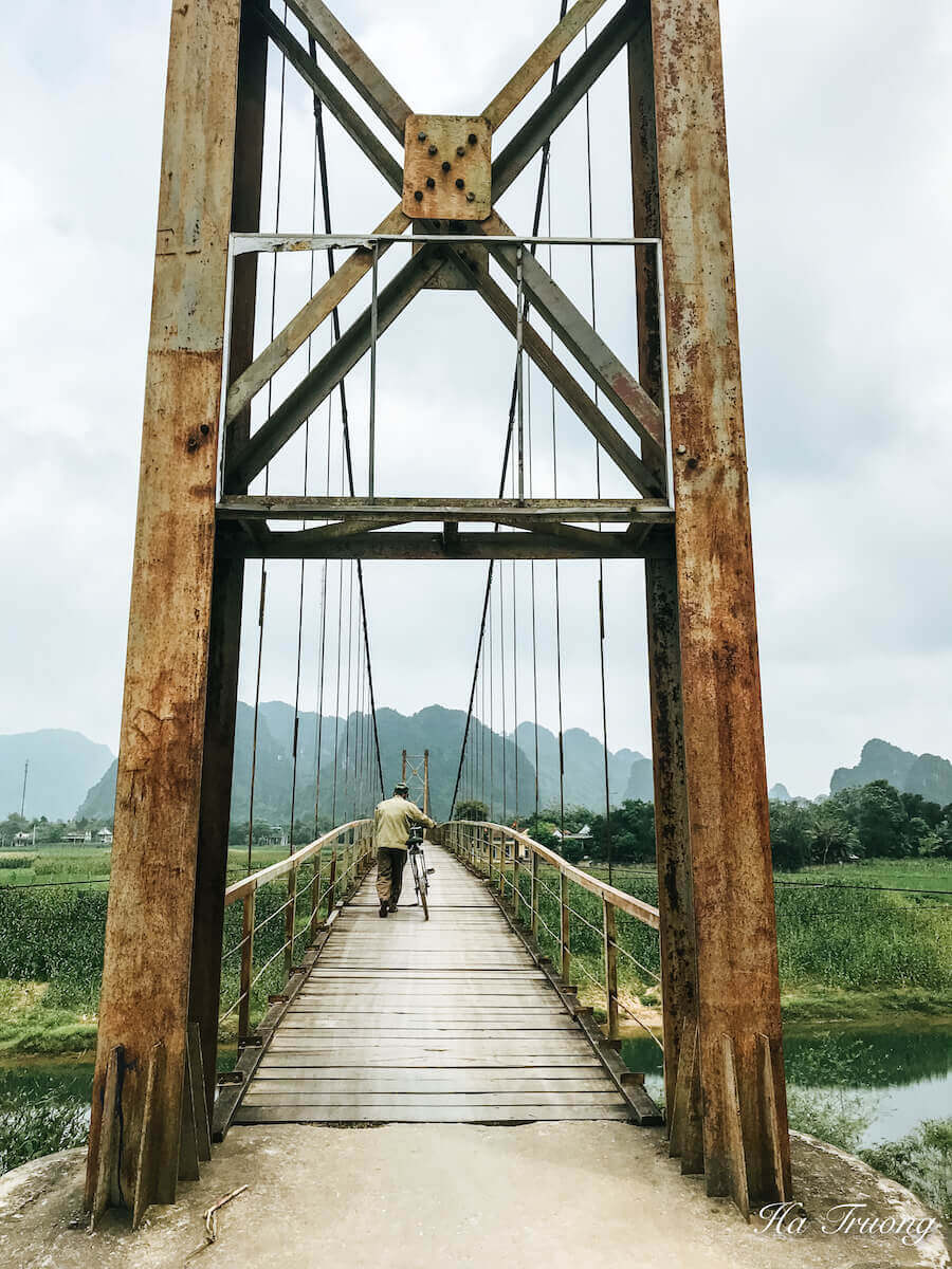Phong Nha bridge to Dark Cave