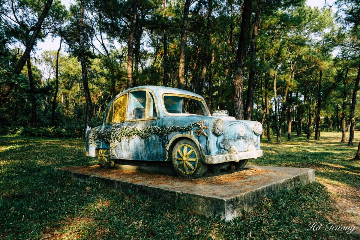 best things to do at Thuy Tien lake abandoned water park Hue Vietnam