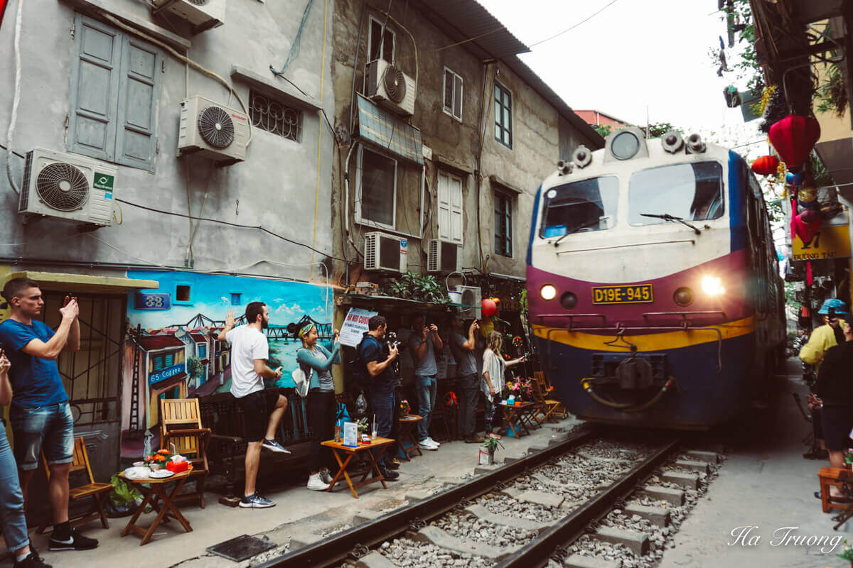 Hanoi train street Vietnam train