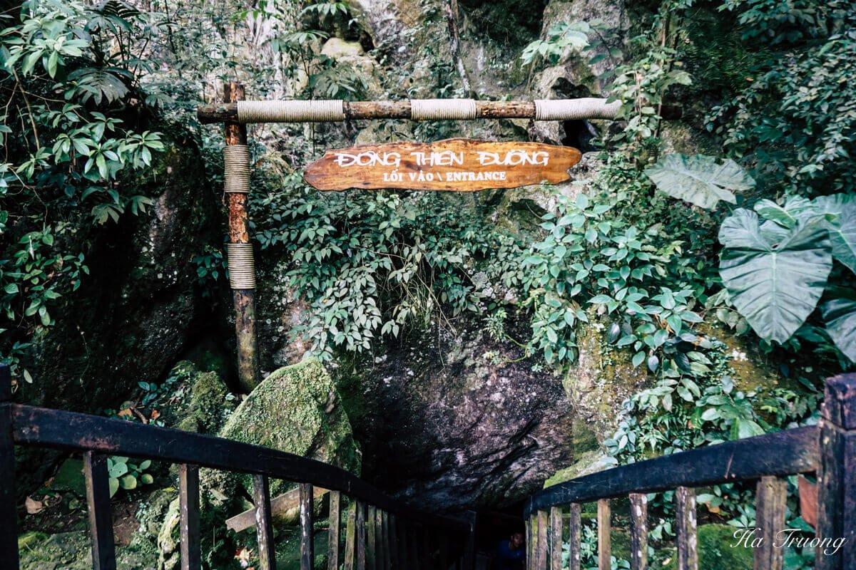 Paradise cave entrance