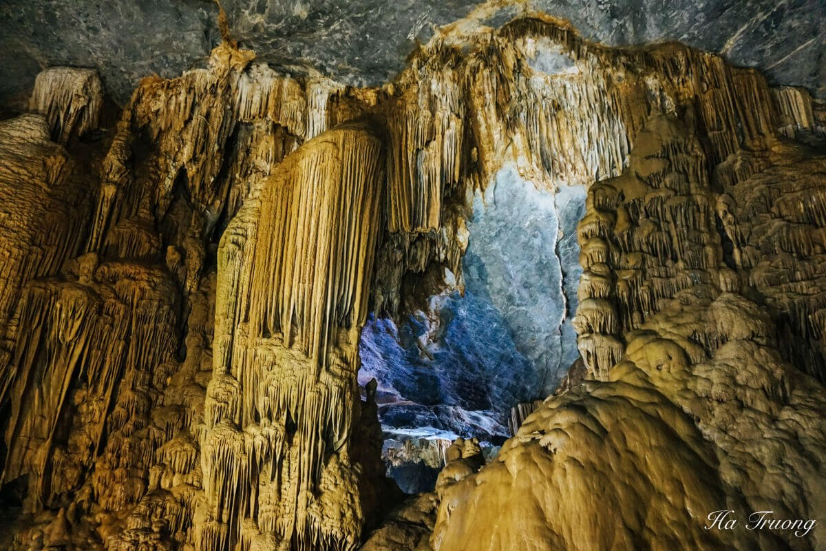 Paradise cave Phong Nha things to do
