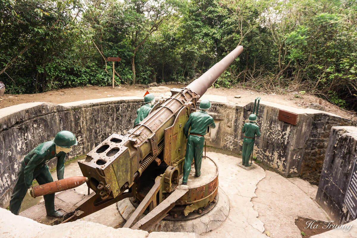 Cannon fort Cat Ba Vietnam Travel Guide