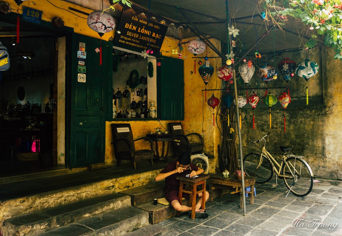 Hoi An Vietnam lantern tour