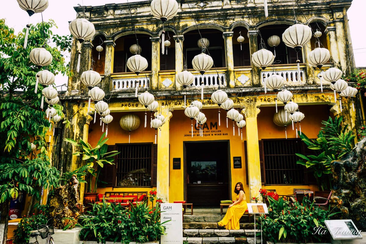 Hoi An Vietnam art gallery