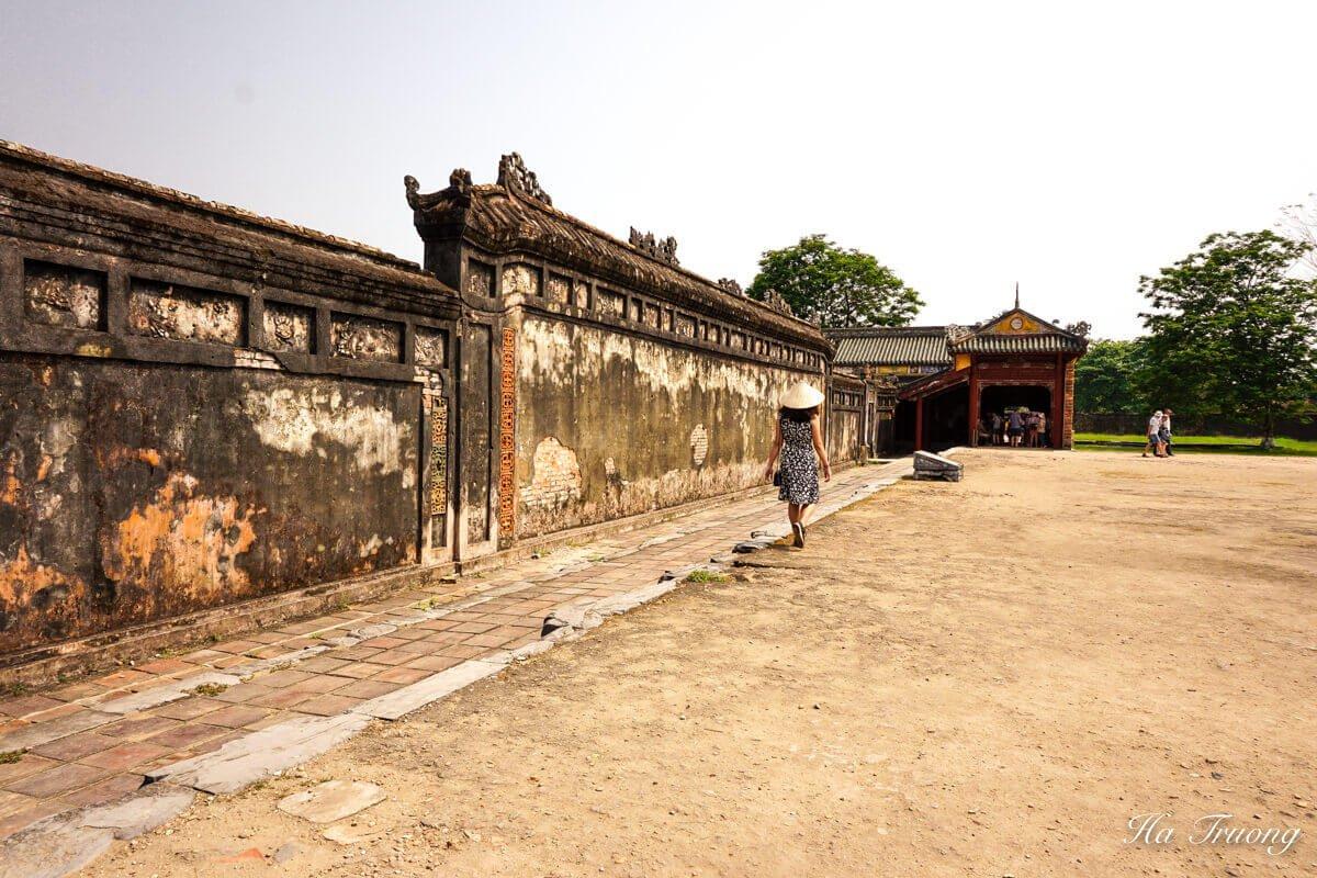 Hue Imperial City Vietnam dresscode