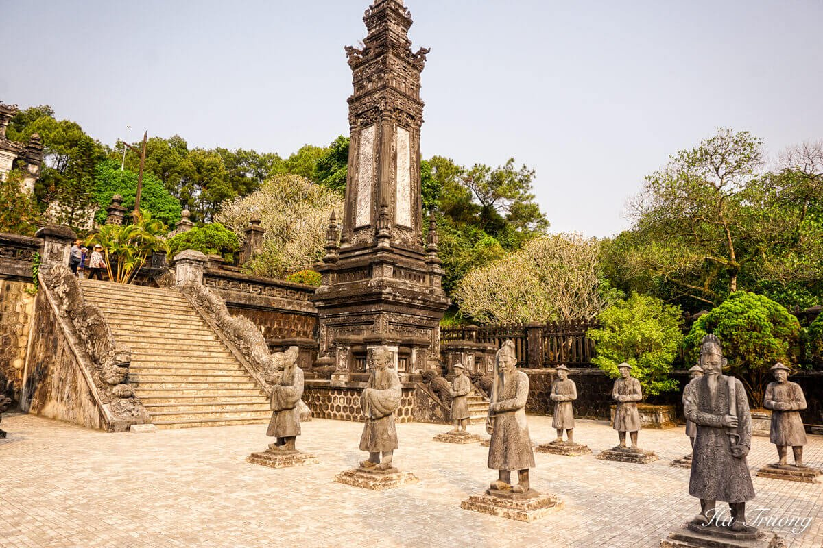 Khai Dinh tomb Hue Vietnam travel guide