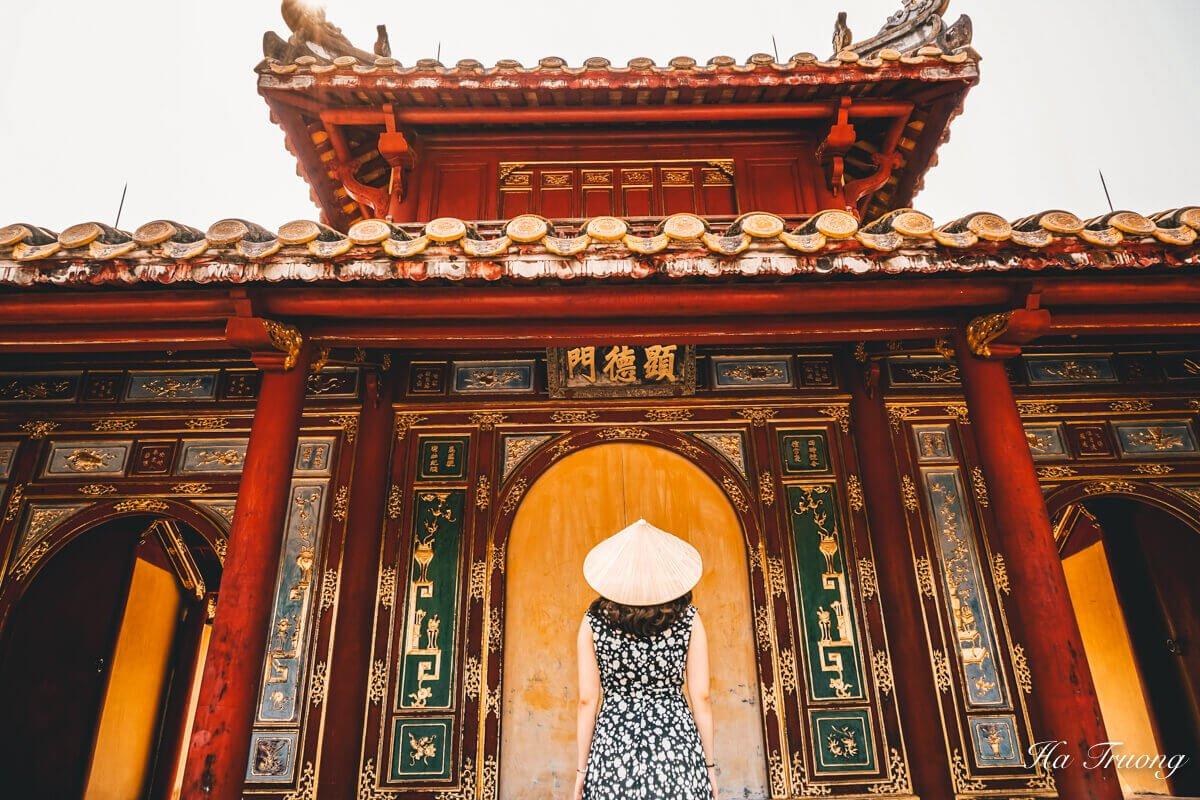 Minh Mang tomb Vietnam trip