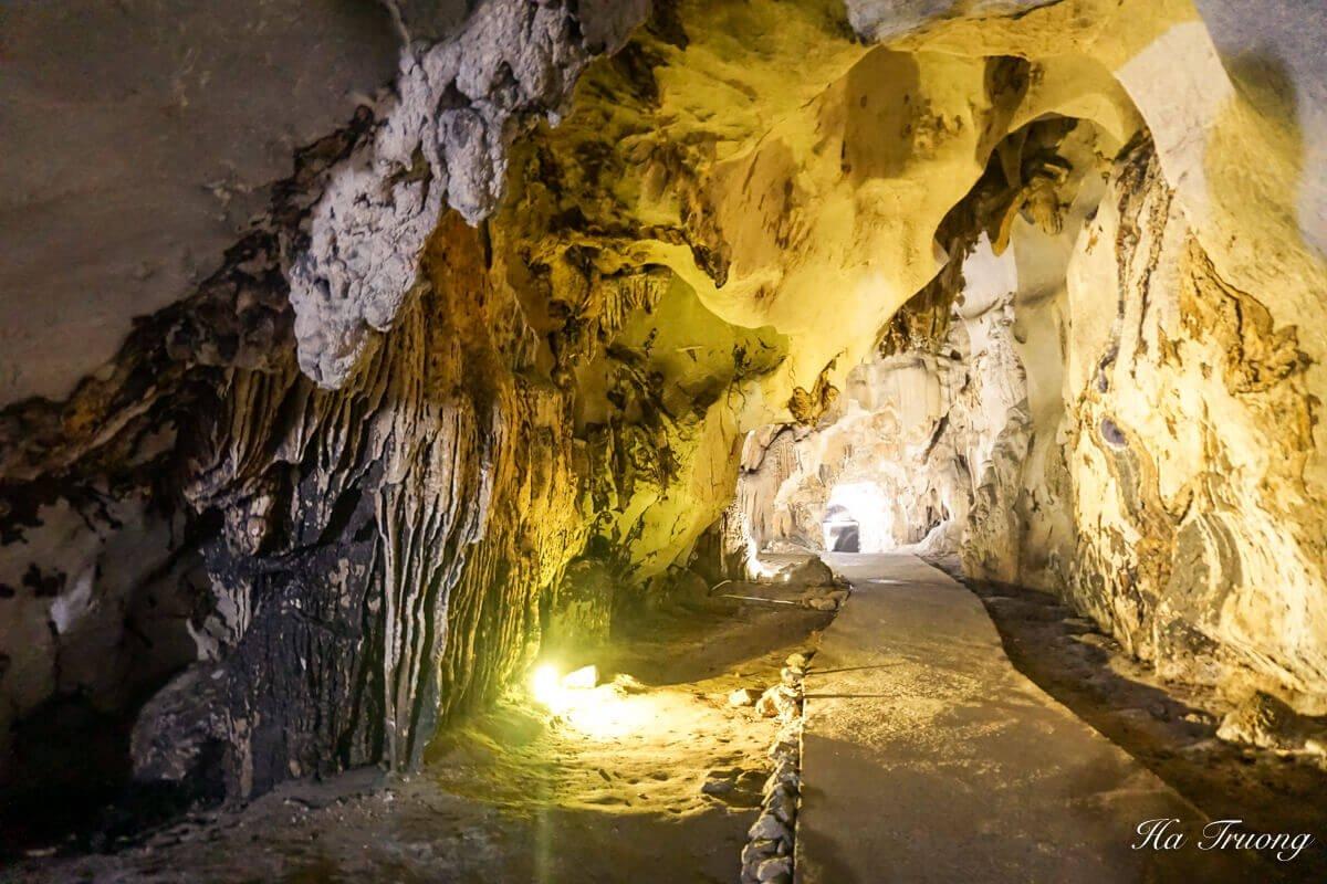 Trung Trang cave Vietnam