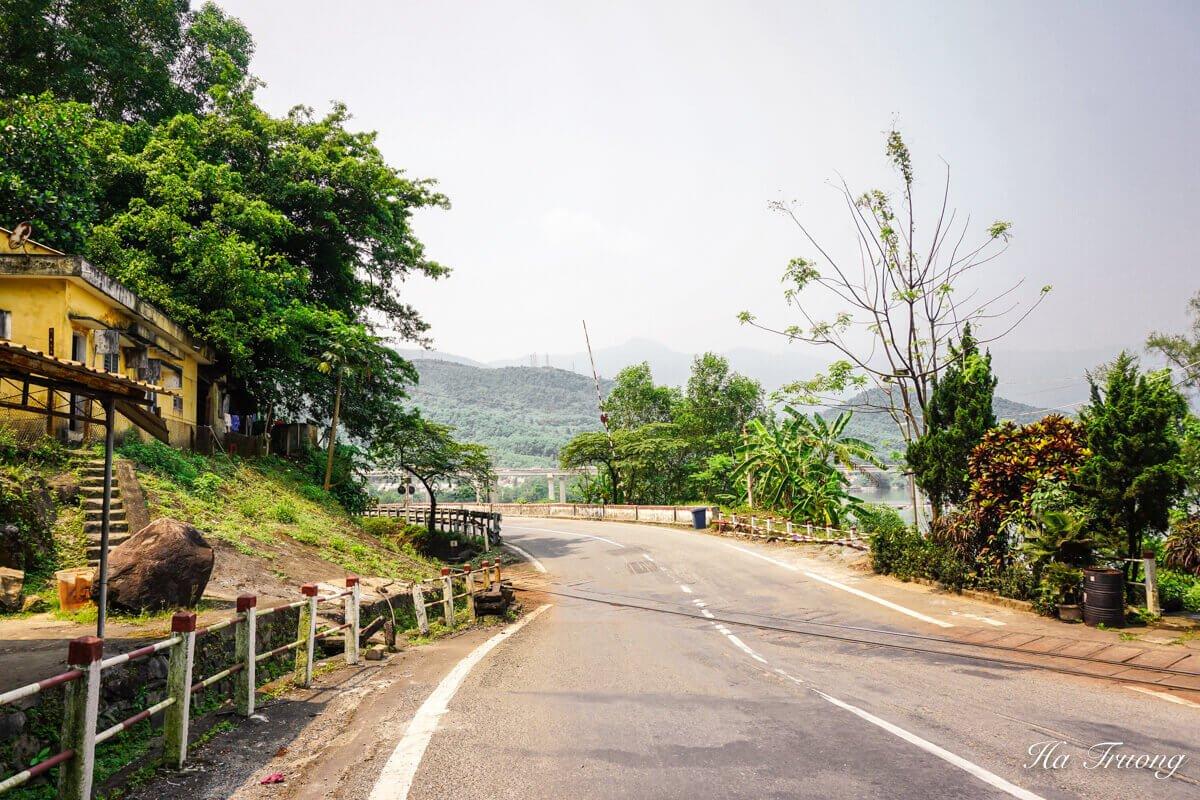 Hai Van Pass Vietnam travel guide