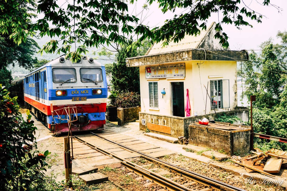 Vietnam train travel