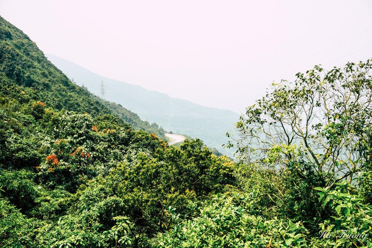 Hai Van Pass Vietnam view
