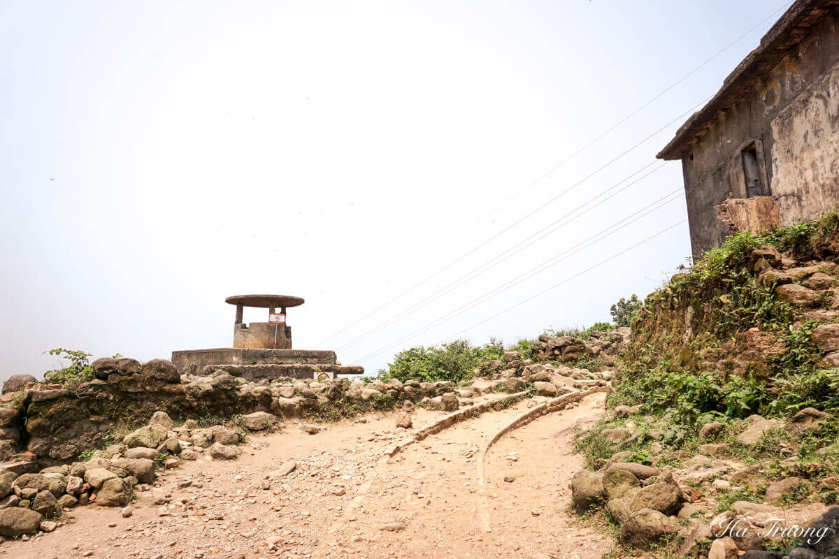 Hai Van Pass Vietnam viewpoint
