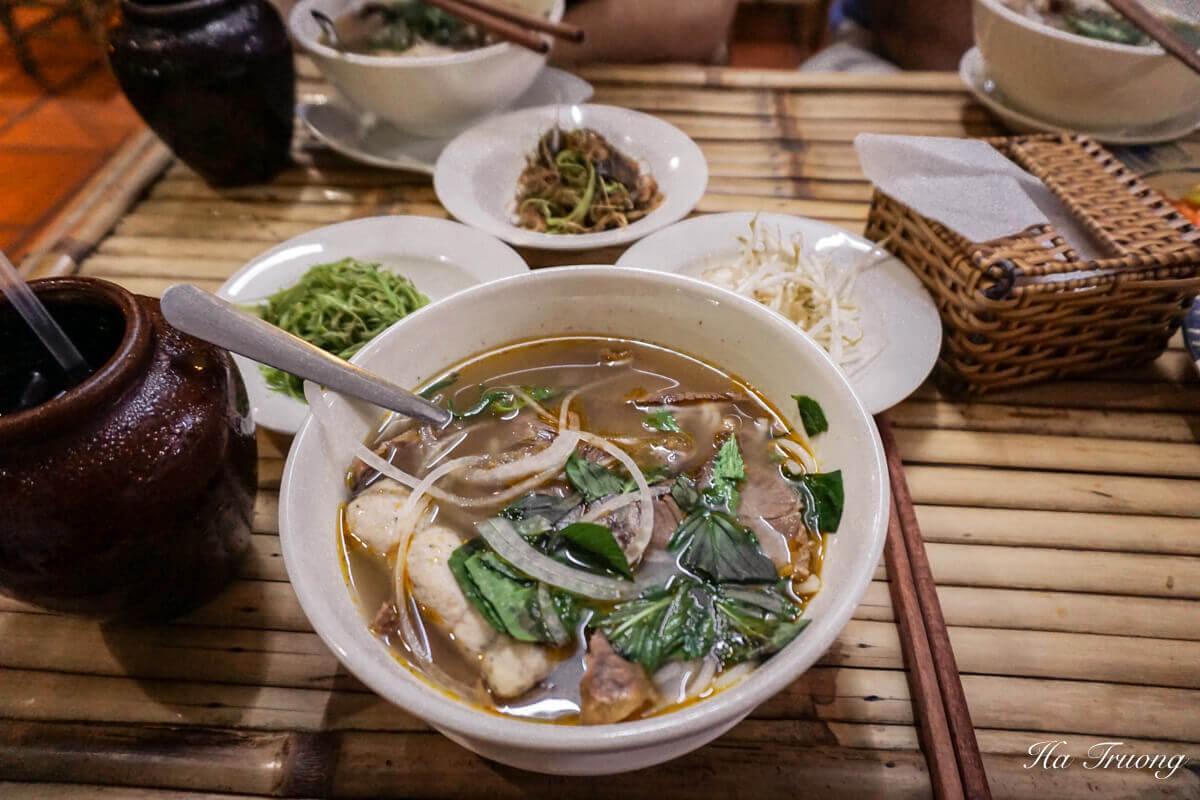 Xo Tour Saigon Bun Bo Hue