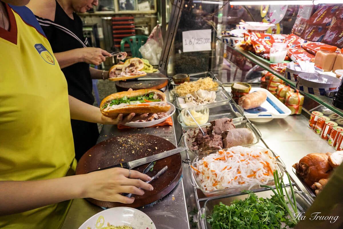 Banh mi Vietnamese food