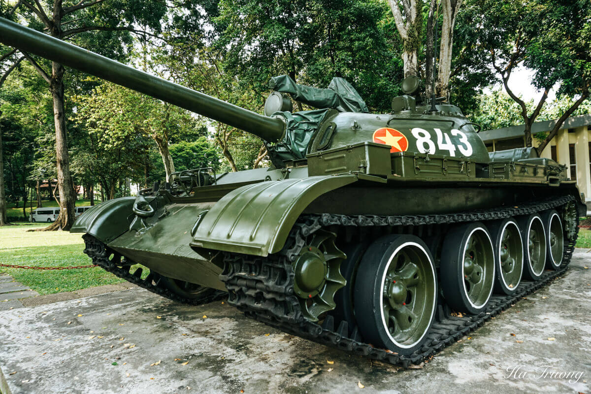 Independence Palace tank