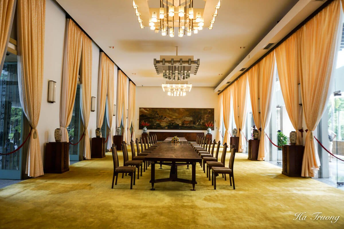 Independence Palace meeting room