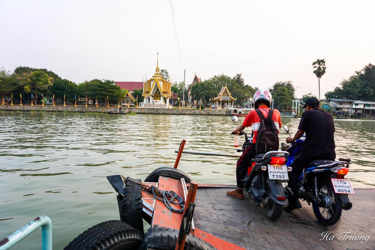 Ayutthaya boat