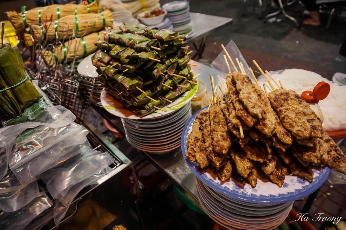 Nem nuong Vietnamese food