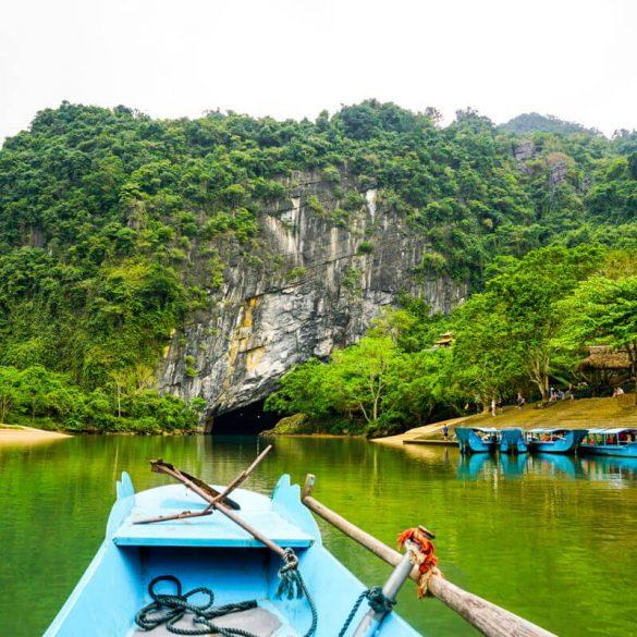 Phong Nha cave Vietnam entrance