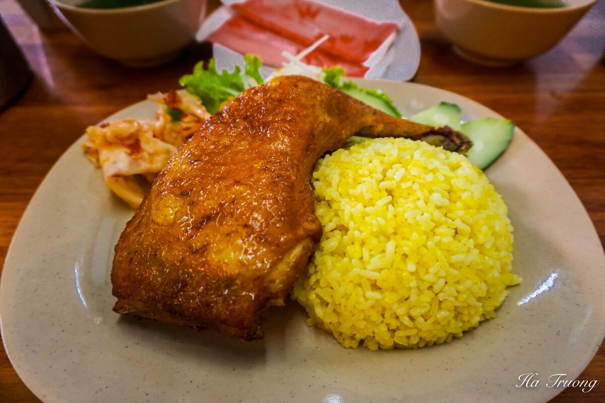 chicken rice Vietnamese street food