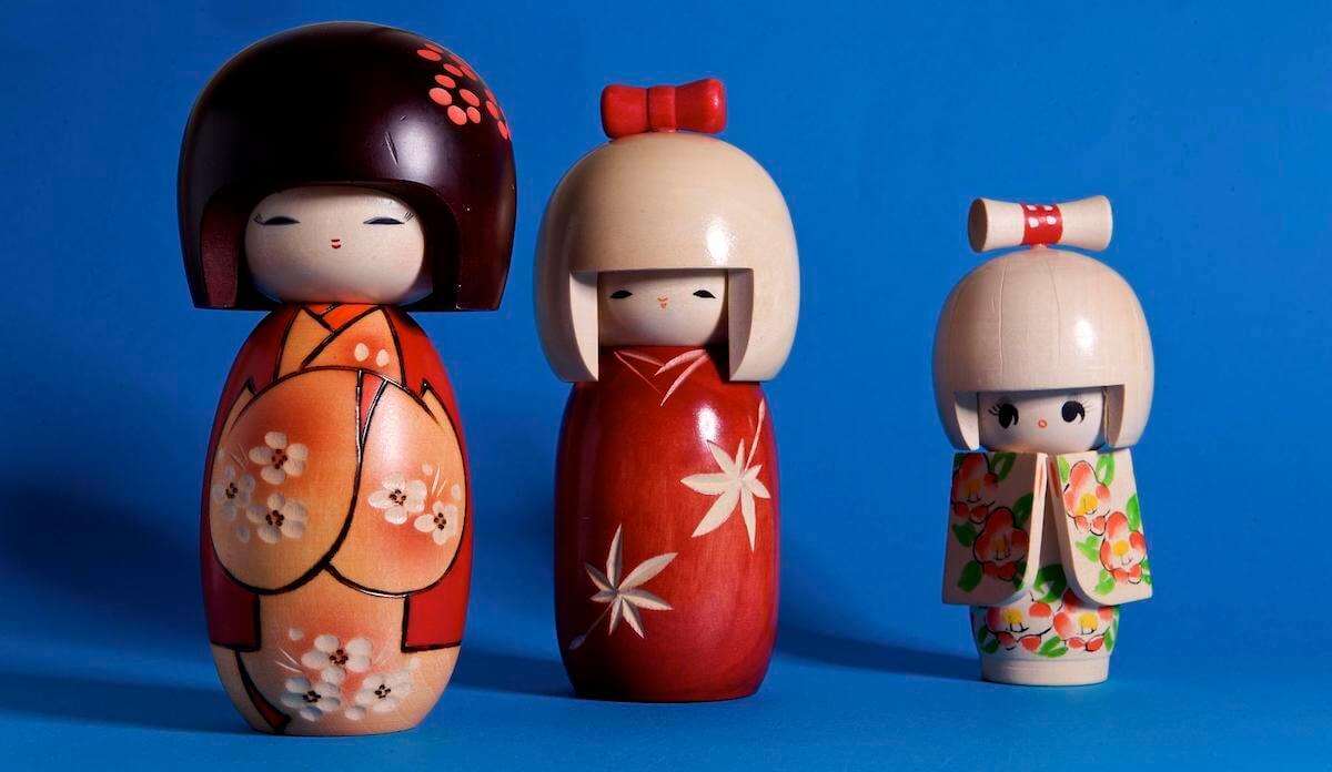 Japanese Kokeshi dolls things buy in Japan
