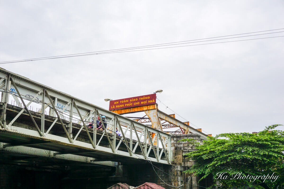 Long Bien bridge Hanoi Vietnam view
