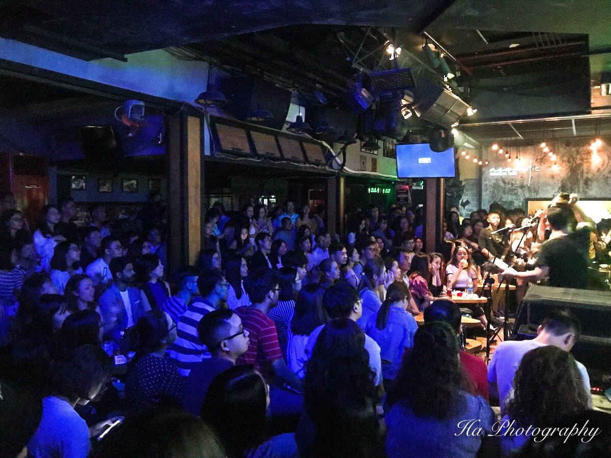 Acoustic Live Music Bar Saigon Vietnam