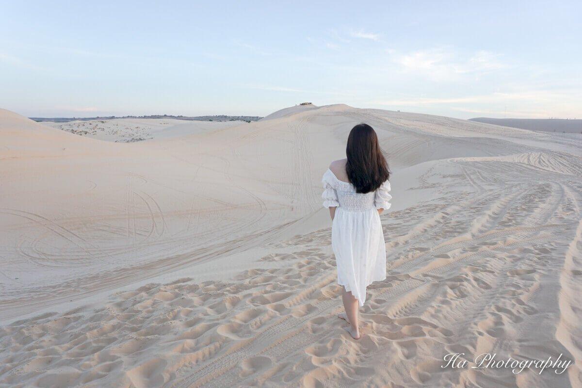 Bau Trang white sand dunes Mui Ne Vietnam