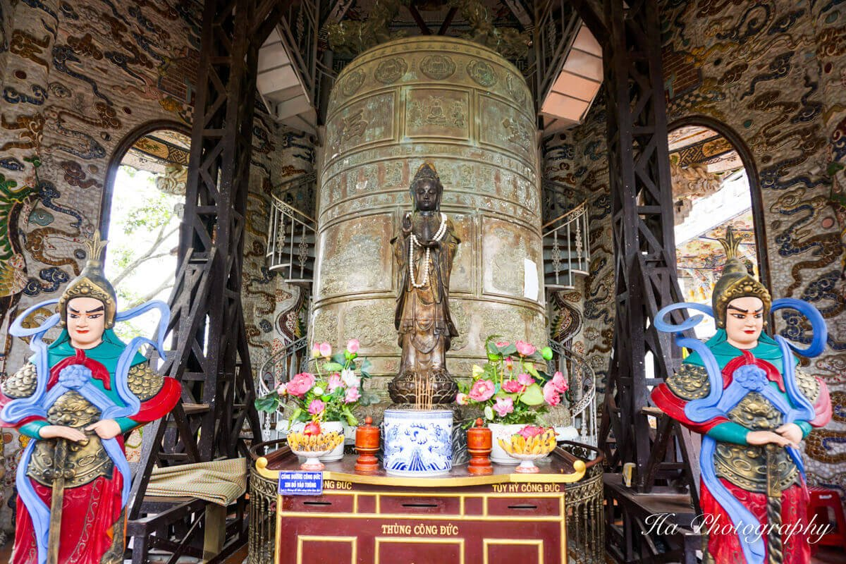 Linh Phuoc Temple Bell