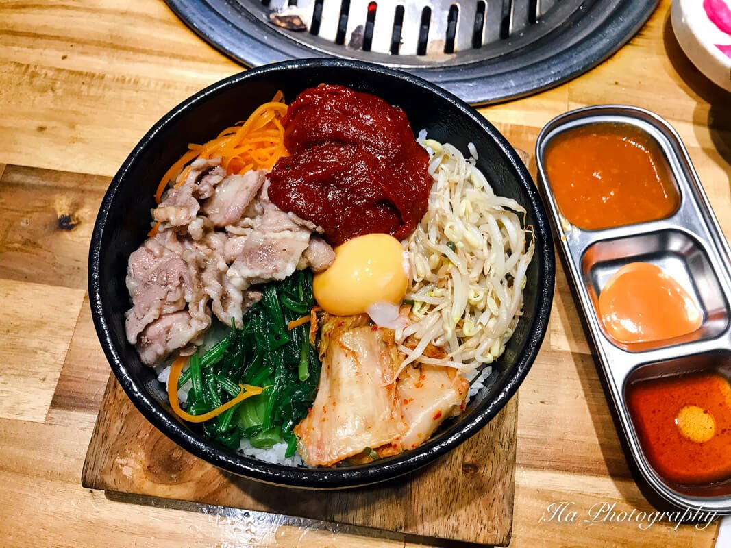 Bibimbap Korean food.