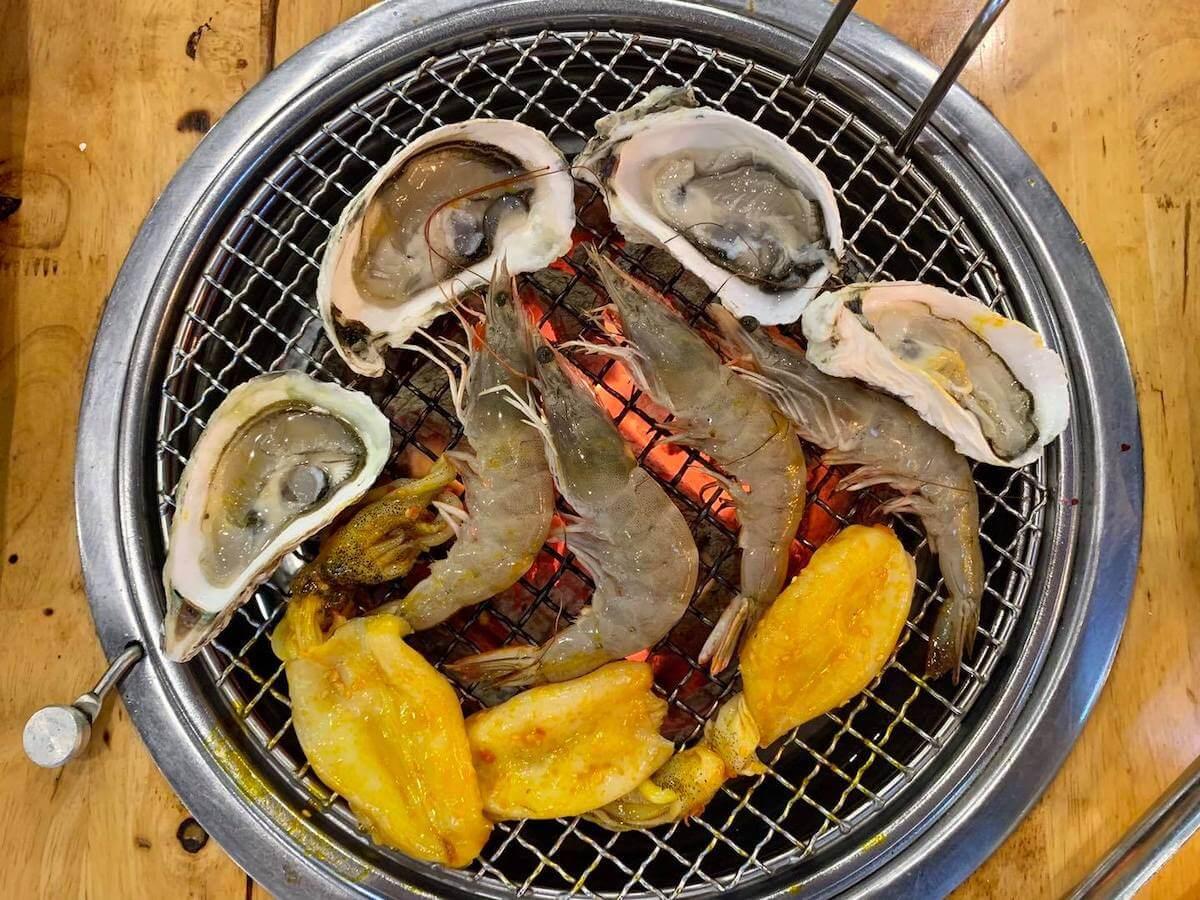 seafood buffet restaurants Da Lat Vietnam