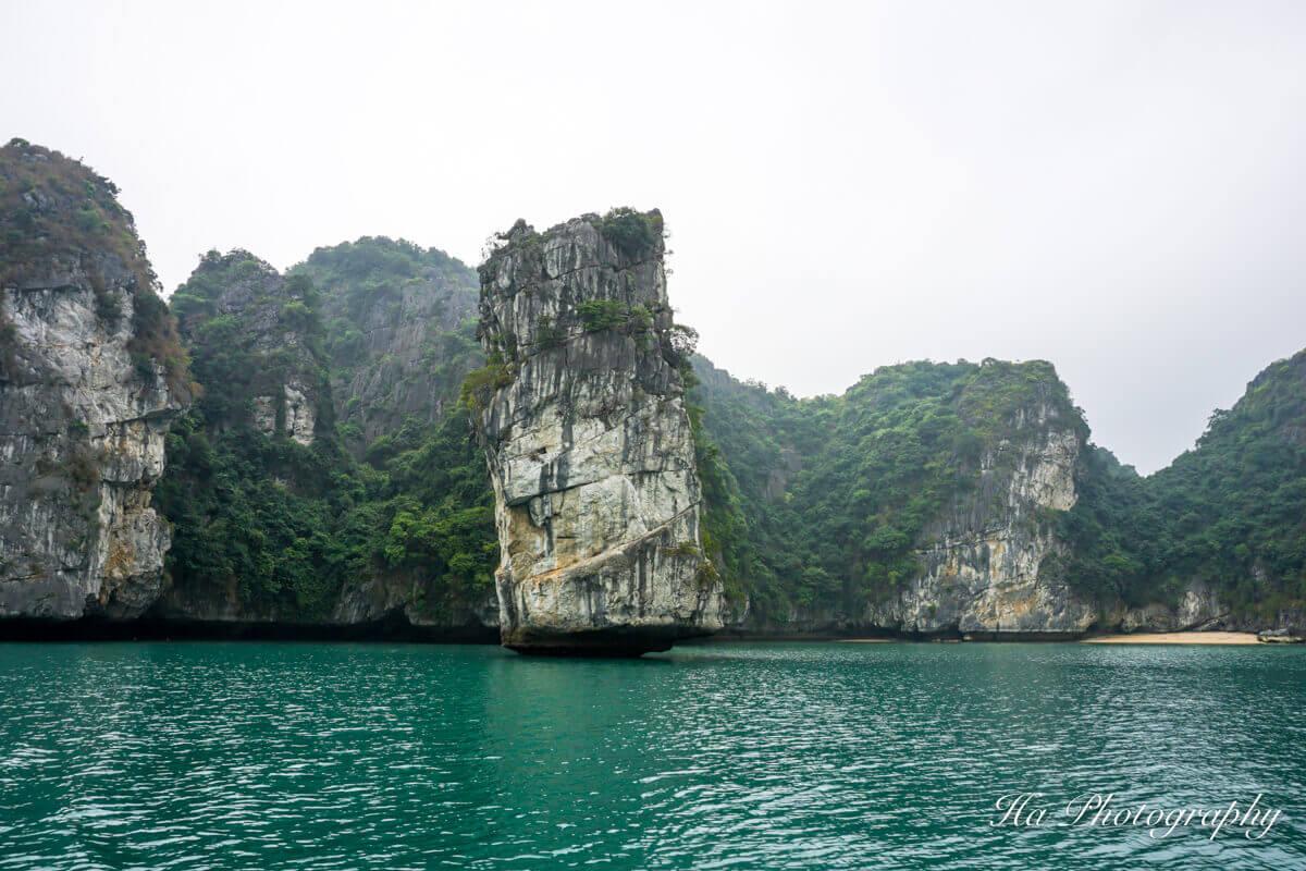 Lan Ha Bay limestone Vietnam