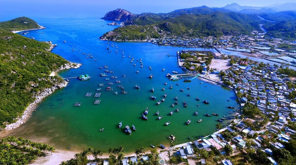 Vinh Hy Bay Ninh Thuan Vietnam