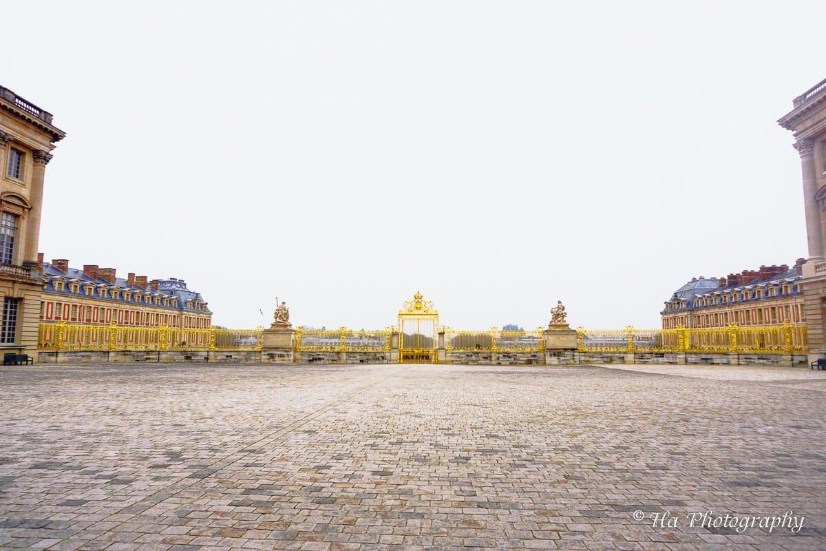 Versailles royal gate