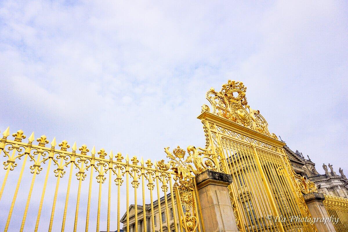 gate symbol chateau de Versailles France.